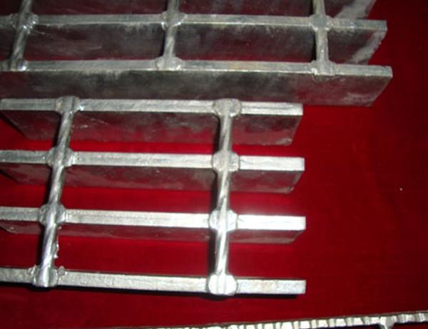 Heavy Duty Steel Grate